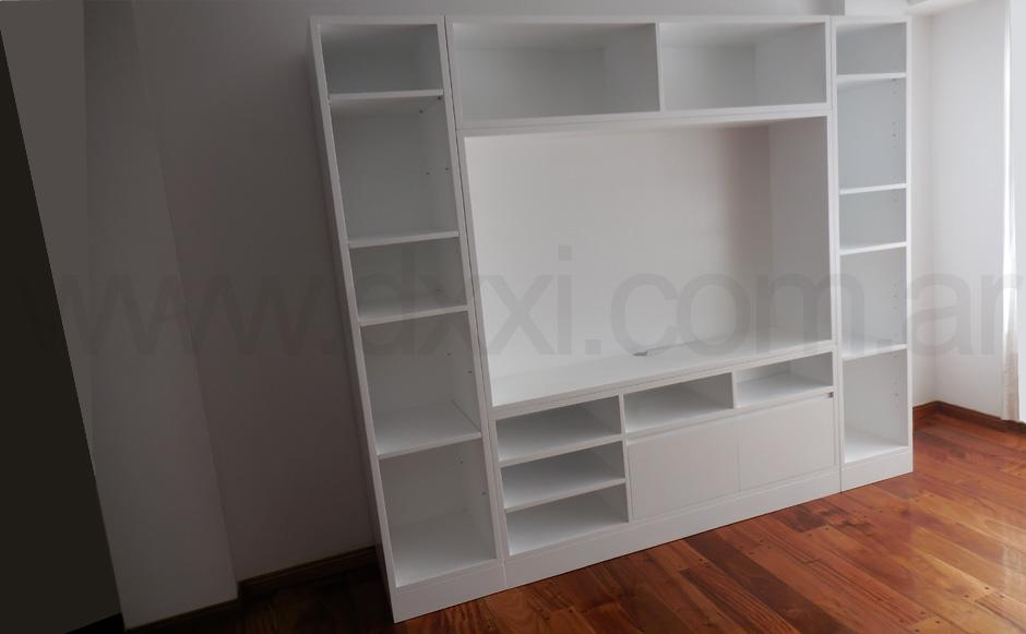 Mueble para TV a medida en Guayaquil y Riglos  DXXI