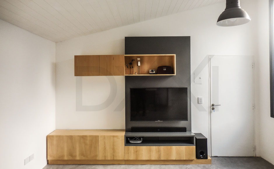 Mueble para tv modelo jenga dxxi fabrica y showroom en for Mueble de algarrobo para living
