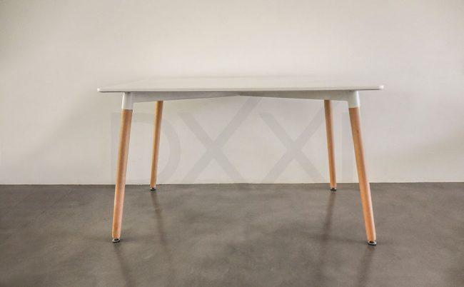 Mesa de comedor Eames rectangular laqueado